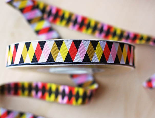 Harlequin ribbon
