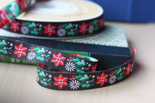 Pretty poinsettia jacquard ribbon